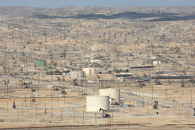 Kern River Oil Fields from Bakersfield